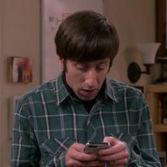 Howard finds Sheldon's on-line enemies list.