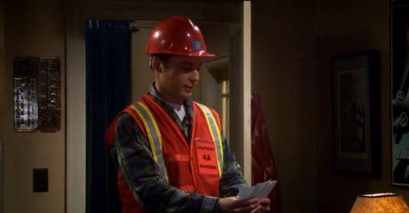 File:S5EP15 - Sheldon shows Leonard the catastrophe cards.jpg