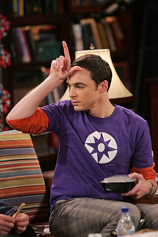 File:The Spaghetti Catalyst - Sheldon holding the L sign.jpg