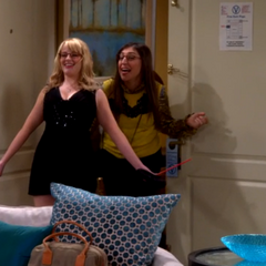 Amy and Bernadette stumbling into their room drunk.