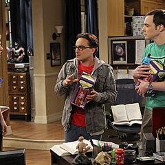 Penny buys Sheldon and Leonard vintage Star Trek transporters.