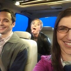 Mayim's picture filmed week of 9/1/14.