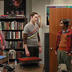 Leonard about to scare Sheldon.