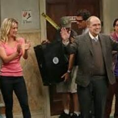 The cast applauding guest star Bob Newhart.
