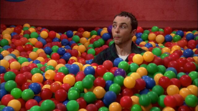 File:20Bzxinga in the ball pit 2.jpg