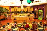 TE2 Kitchen & Dining