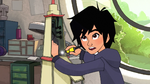 Hiro makes new building
