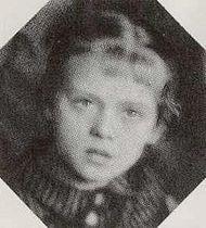 Алиса Фрейндлих в детстве 1