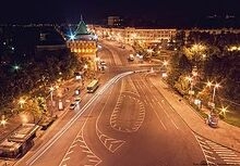Minin and Pozharsky Square at night