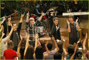 Big-Time-Rush-All-Over-Again-Music-Video-Set-Pics-big-time-rush-28704341-1222-817