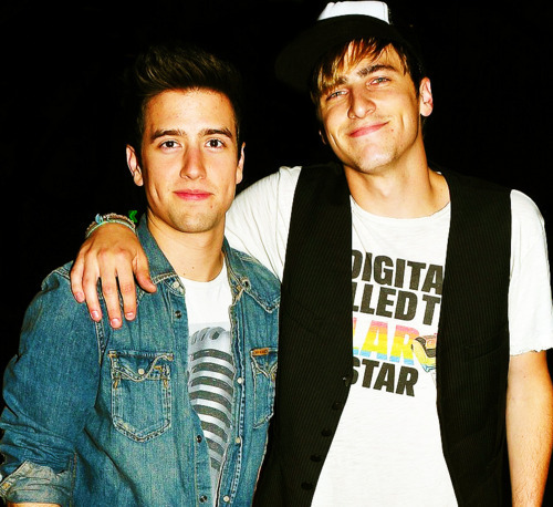 Are kendall and logan dating