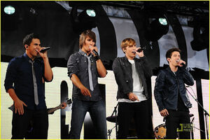 Big-time-rush-times-square