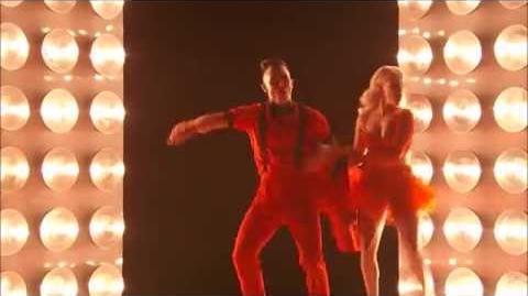 Dancing With The Stars (Carlos PenaVega)
