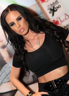 Brandy Aniston - 2013 AVN Expo Photos Las Vegas (8416907976)