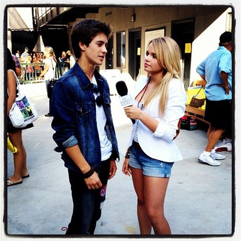 File:Billy-unger-and-alli-simpson-gallery.jpg