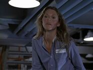 The.Bionic.Woman.S03E04.DVDrip.XviD-SAiNTS.avi 002492840