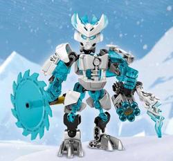 CGI Protector of Ice Pose