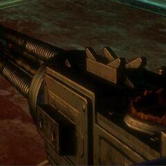<i>BioShock 2</i> içindeki Makineli Tüfek, Hasar Artışı yükseltmesi ile.
