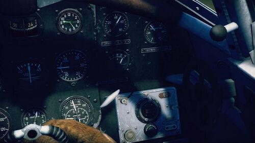 Yak7B cokpit right
