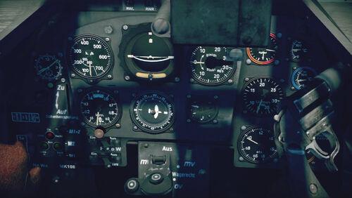 Bf109K4 cokpit up
