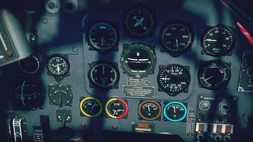 Ju87D3 cokpit up