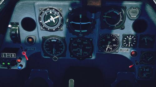 Bf109G2 cokpit up