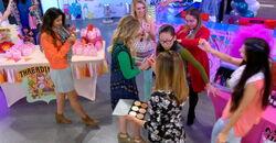 Makeover Girls attack Frankie at Pretty-Con