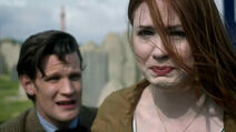 Amy-Pond-Saying-Goodbye