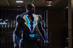 Black Lightning 1x01 promotional photo 05