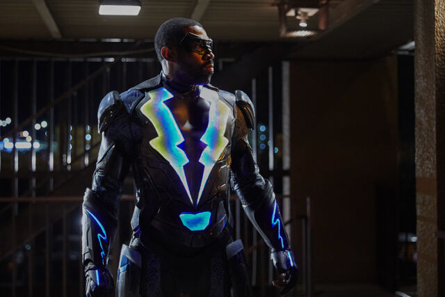 File:Black Lightning 1x01 promotional photo 05.jpg