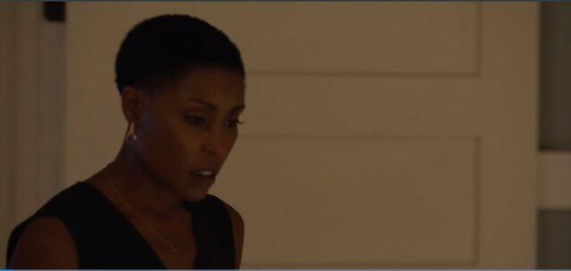 File:BL-1x02-Screencap-08-Lynn.jpg