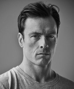 Toby Stephens pictures