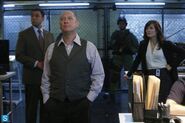 The Blacklist - Episode 1.02 - The Freelancer - Promotional Photos (3) 595 slogo
