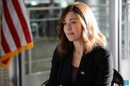 The-blacklist-episode-1x01-promotional-photos (2) 595 slogo