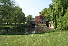 220px-Mapledurham Watermill 3