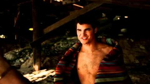Darren Criss Shirtless - Slideshow 5 5