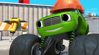 S4E6 Pickle is a construction worker
