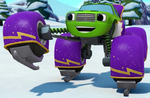 S4E12 Pickle ice skating outfit ID