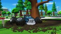 S2E1 Crusher lands in the mud again