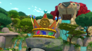 S3E14 Great Animal Crown up close
