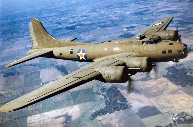 File:Boeing-b-17e-in-flight.jpg