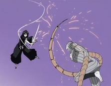 Rukia pelando con Gunjō