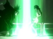 O16 Rukia patrzy na Renjiego używającego miecza