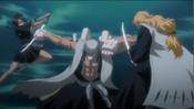 Kensei Luchando con Lisa y Rojuro