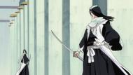 Byakuya staje do walki ze swoim Reigai