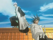 Ichimaru ties up Zaraki