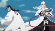 Ukitake helps out Shunsui