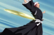 Renji hit in the back with the Toju's boomerang