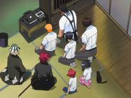 O65 Ichigo, Tessai, Kisuke, Renji, Uryu, Sado, Jinta, Ururu i Yoruichi analizują nagranie