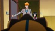 Ichigo and Rukia return to Kurosaki Clinic